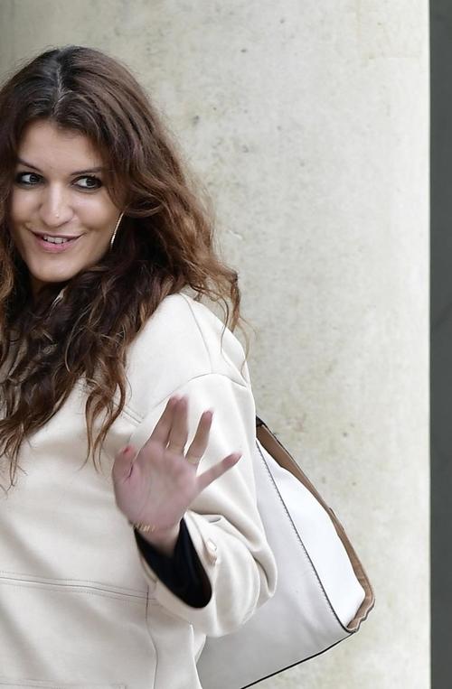 Marlène Schiappa veut proposer aux jeunes parents de transformer leur expérience en diplôme