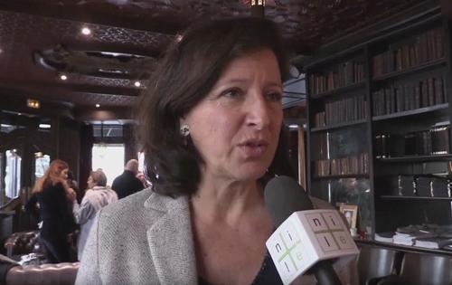 """Agnès Buzyn se """"sent à l'aise"""" dans le gouvernement d'Édouard Philippe"""
