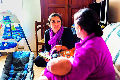 Comment la PMI réinvente les visites à domicile