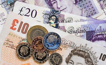 People who take financial advice '£40,000 better off'