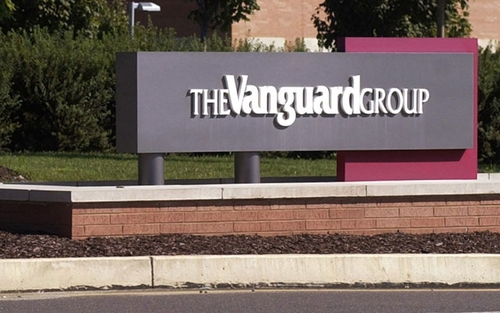 Vanguard Puts Rivals on Notice: Fee Wars Will Only Heat Up