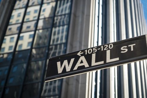Institutional investors swap Bitcoin futures for physical BTC in Wall Street first