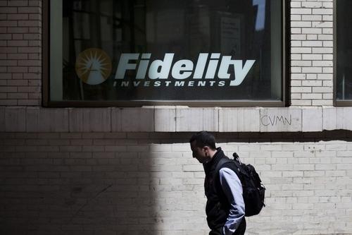 Free Fidelity funds stoke price war in bid to catch index giants