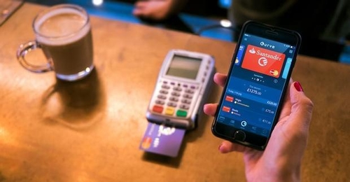 Fintech startup Curve launches its connected card app