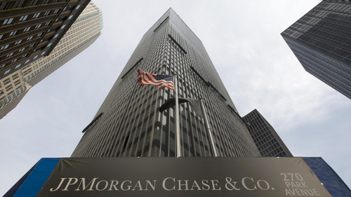 JP Morgan Joins Battle for Retail Investors with New Mobile Brokerage Service