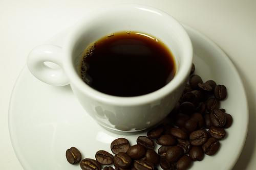 One skinny soya ECO latte to go please....