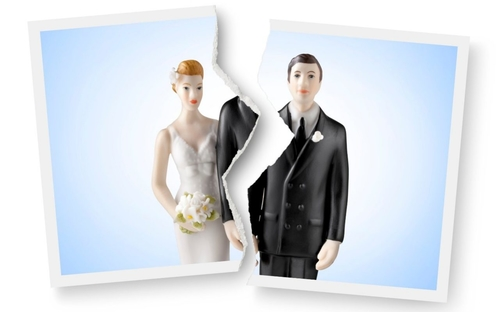 Thousands of couples 'exaggerate marriage faults to get divorce'