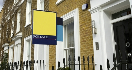 House price growth falls to five-year low: UK HPI
