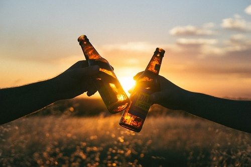 New Breweries & Distilleries Act 2018 allows Irish alcohol to be sold at producer's premises without pub licence