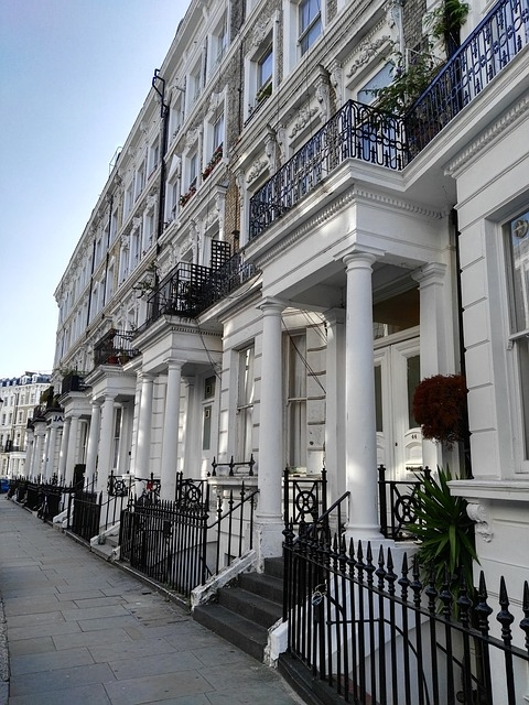 London house price growth up 1.6% - Hometrack