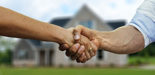 UK estate agents report higher home sales