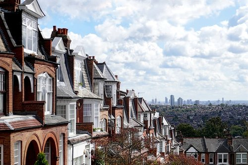 London tops new home approvals