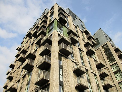 House prices in England up 3% - HM Land Registry