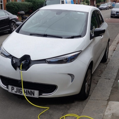 Siemens to deploy London's street light electric vehicle chargers with ubitricity