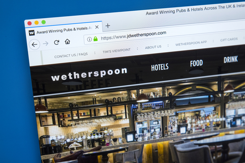 Why did Wetherspoons close its doors to social?