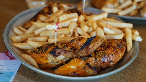 Nando's hen-pecks smaller competitor over alleged intellectual property infringement