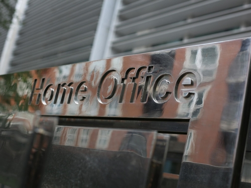 Home Office and police failed consumers exposing them to rampant online fraud, finds report
