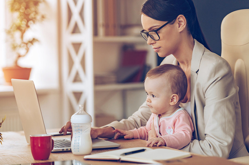 3 ways HR can help and support working mums