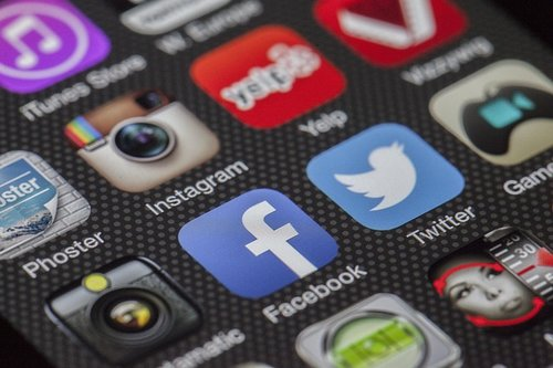 What role does social media play in Employer Brand?