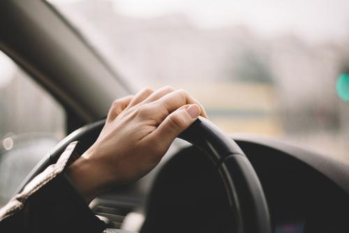 AXA calls for new standards on autonomous driving