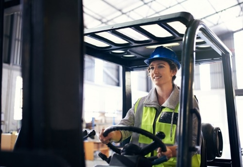 AXA rolls out in-vehicle tech for UK forklift trucks