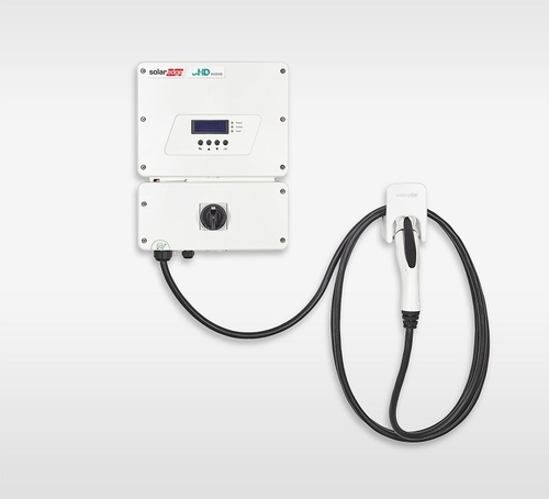 SolarEdge unveils inverter-integrated EV charger
