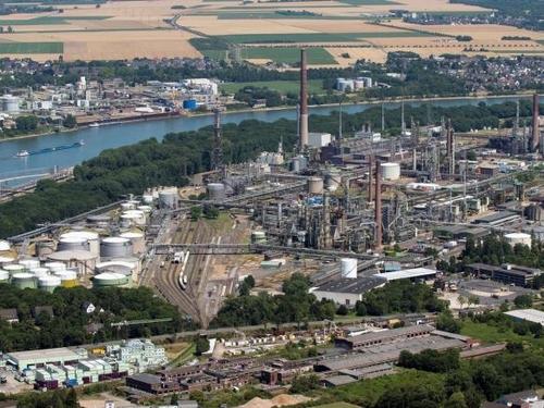 Shell legt Grundstein für grüne Wasserstoff Großanlage - EU-Parlament stellt Weichen für die Branche