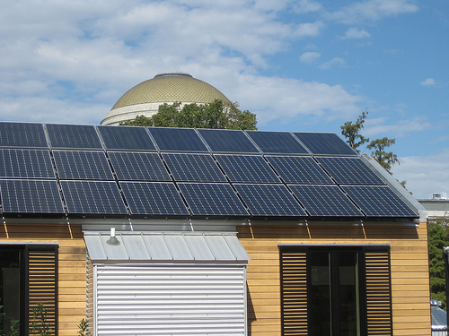 A Quarter Of Australian Businesses Generate Electricity With Solar PV