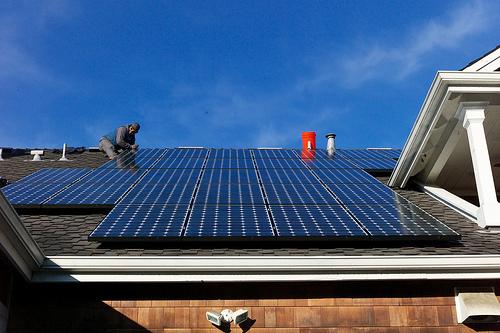 Private Haushalte: Solar und eMobilty wichtiger als Stromspeicher