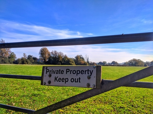 High Court ruling on display of landowner signage defeats Town and Village Green status