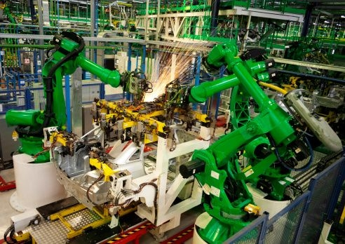 The C-Level Impact of Cloud Enabled Technology for Manufacturers