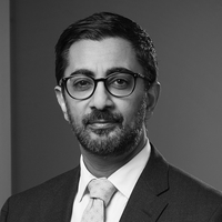 Manish Soni, Senior Counsel & Notary, Macfarlanes