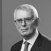 Stephen Kon, Senior Consultant, Macfarlanes
